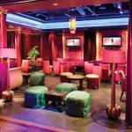 Baila hasta el amanecer en este salón y club nocturno inspirado en Bollywood